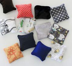 DIY inspiration Montessori : les coussins sensoriels et olfactifs, et leur pochon