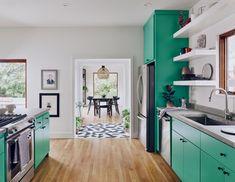 bold green kitchen cabinets