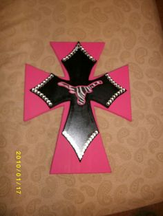 "Jen - Decorating Wooden Crosses Ideas's Happy Spot: Vaseline Distressed Wood Cross and "" src=http://1.bp.blogspot.com/-O6-xGZKnUQc/UHXURfEWSQI/AAAAAAAAAwE/tDsTrRA44ms/s1600/jencross.jpg></p> <p><strong> <b>Cross Ideas</b> on Pinterest</strong></p> <p><b>Cross Ideas</b> on Pinterest</p> <p><img alt="