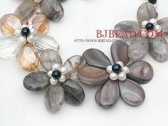 Gray Series Esponja Shell y Perla collar de cristal Flor con corchete de la langosta