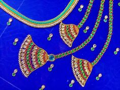 Hand Work Blouse Design, Fancy Blouse Designs, Maggam Work Designs, Hand Designs, Stitching, Jewelry Design, Blouses, Models, Embroidery