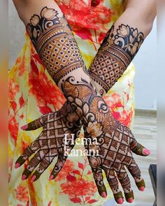 Beautiful Mehndi Design - Browse thousand of beautiful mehndi desings for your hands and feet. Here you will be find best mehndi design for every place and occastion. Quickly save your favorite Mehendi design images and pictures on the HappyShappy app. Traditional Mehndi Designs, Simple Arabic Mehndi Designs, Indian Mehndi Designs, Mehndi Designs For Girls, Mehndi Designs 2018, Stylish Mehndi Designs, Mehndi Design Pictures, Mehndi Images, Unique Henna