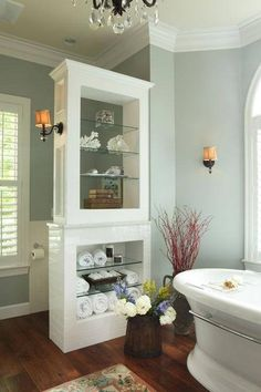 Bathroom a few ideas, master bathroom renovation, bathroom decor and master bathroom organization! Master Bathrooms may be beautiful too! From claw-foot tubs to shiny fixtures, these are the master bathroom that inspire me the most. Bad Inspiration, Bathroom Inspiration, Bathroom Renos, Master Bathroom, Bathroom Storage, Bathroom Ideas, Bathroom Shelves, Glass Shelves, Wall Storage