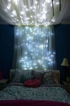 Girl room - Add some string lights to create an extra whimsical effect. - 20 Magical DIY Bed Canopy Ideas Will Make You Sleep Romantic My New Room, My Room, Room Set, Sweet Home, Diy Casa, Diy Canopy, Canopy Bedroom, Comfy Bedroom, Bed Canopies