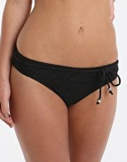 Pour Moi Bora Bora Brief - Black The Pour Moi Bora Bora Brief is a must-have addition to your bikini bottom collection with its timeless black hue and retro crochet-textured fabric http://www.MightGet.com/january-2017-13/pour-moi-bora-bora-brief--black.asp