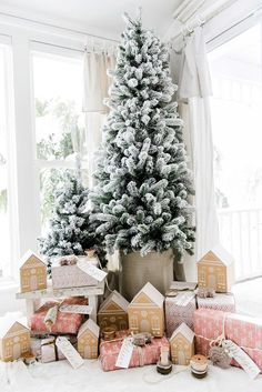 gingerbread gift wrap idea via Liz Marie Blog
