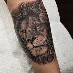 kingb_tattoos #liontattoo #liontattoo