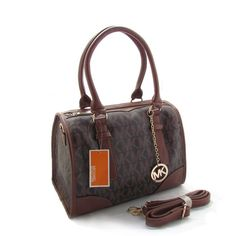 Michael Kors Bags are off sale now. So lovely.$9.99- $78.08#http://www.bagsloves.com/