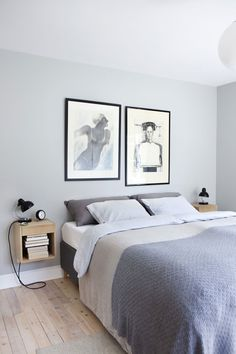 - Hvis jeg fant 10 cm som ikke var i bruk, hadde jeg blitt gal Couple Bedroom, Small Room Bedroom, Scandinavian Interior Bedroom, Tranquil Bedroom, Bed Table, Headboards For Beds, Minimalist Bedroom, Beautiful Interiors, Home Decor Inspiration