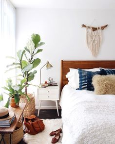 boho mid-century bedroom