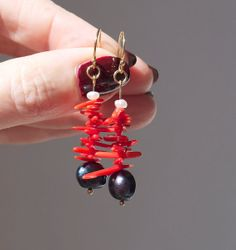 Earrings Black Pearls Red Coral 14k Gold Fill. by ThePillowBook, $32.00