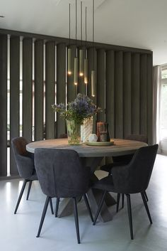 Möbel Awesome Round Dinning Table Design-Ideen Your Own Home Interior Ideas 2008 Keywords: home Round Dinning Table, Dinning Table Design, Dinning Room Tables, Dining Chairs, Dinning Room Ideas, Dinner Room Table, Dinning Set, Round Tables, Dining Furniture