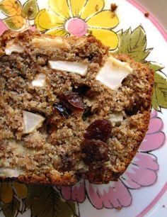 Pain santé aux pommes et bananes » Rose Madeleine Muffins, Good Food, Veggies, Meals, Cooking, Breakfast, Pains, Desserts, Rose