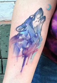 Aga Yadou watercolor wolf tattoo