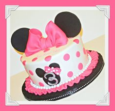 Birthday cake pink and white minnie mouse ideas Torta Minnie Mouse, Minnie Mouse Birthday Cakes, Bolo Minnie, Minnie Cake, Minnie Mouse Theme, Mickey Mouse Cake, Pink Minnie, Mickey Birthday, Cake Pink