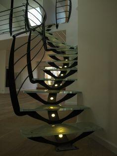 Stairs Balusters, Balustrades, Stair Railing, Escalier Art, Escalier Design, Modern Staircase, Spiral Staircase, Flooring For Stairs, Beautiful Stairs