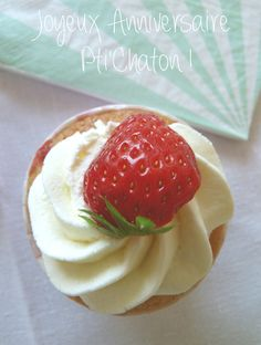 Cupcakes à la fraise Muffins, Cake Pops, Biscuits, Strawberry, Fruit, Food, Strawberries, Madeleine, Good Things