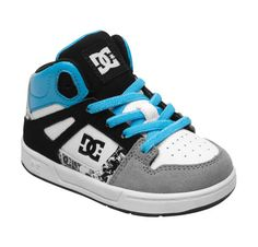 skate shoes for toddlers, oh I am in trouble!