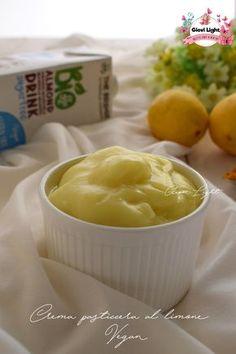 Crema pasticcera al limone Vegan, semplice buona e cremossisima, senza glutine e caseina, senza uova e burro! Così buona che fa bene a tutti!