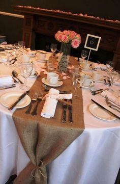 Wedding Cards Handmade, Card Box Wedding, Diy Wedding, Rustic Wedding, Trendy Wedding, Wedding Stuff, Garden Wedding, Dream Wedding, Wedding Table Layouts