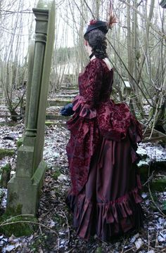 Victorian Gothic Bustle Dress #gown #fashion