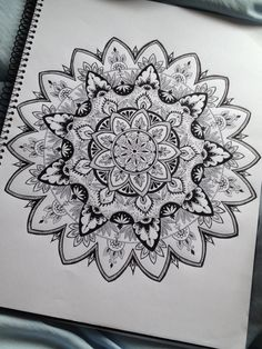 I wish I was this good at zentangle stuffs