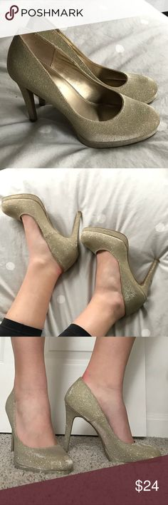 8 1/2 Gold Sparkly Pumps These 3 inch, sparkly heels are true to size. No flaws and have only ever been worn at one occasion. FIONI Clothing Shoes Heels