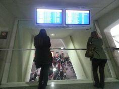 Aeropuerto de Bilbao,mirador llegadas,sala recogida equipaje.
