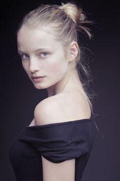 Maud Welzen @ DNA Models