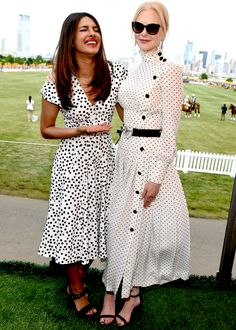 Korean Fashion Quotes Sydne Style shows how to get celebrity polka dot looks from nicole kidman and priyanka chopra.Korean Fashion Quotes Sydne Style shows how to get celebrity polka dot looks from nicole kidman and priyanka chopra Nicole Kidman, Kate Middleton, Modest Fashion, Fashion Dresses, Dress Outfits, Dress Up, White Outfits, Basic Outfits, Chic Dress
