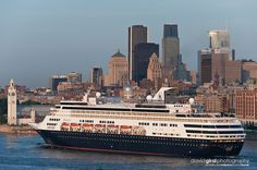 montreal images cruise ship | ... cruise ship arriving in Montreal's Old port and view of Montreal