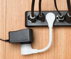Accommodate devices with electrical adapters that take up extra space by using the single outlet extension cord. This short cord fits in all standard outlets and can plug into itself so it can be easily transported without damaging the prongs.