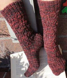 You can call me Al sock : Knitty Deep Fall 2012 - something new and interesting from every angle.