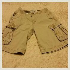 Children's Place size 8 Children's Place khaki cargo shorts size 8  in GUC! Children's Place  Shorts Cargos