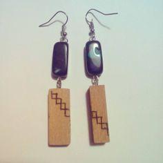 Orecchini in vetro e legno