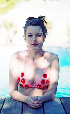 DIY strawberry bikini !   Clones N Clowns by Aimee WoodClones N Clowns by Aimee Wood