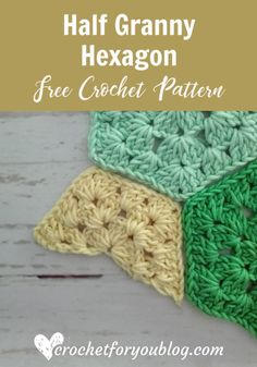 Crochet Granny Square Patterns Half Granny Hexagon Free Pattern - Here is a quick beginner-friendly crochet tutorial for a half granny hexagon. This tutorial will help you to get nice straight edging on a crochet hexagon joining project. Hexagon Crochet Pattern, Granny Square Pattern Free, Granny Square Häkelanleitung, Crochet Blocks, Crochet Squares, Crochet Granny, Crochet Motif, Free Crochet, Crochet Patterns