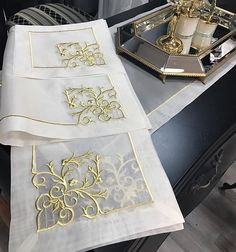 Embroidery Motifs, Machine Embroidery, Brazilian Embroidery, Gold Work, Cushion Covers, Design Elements, Needlework, Floral Design, Applique