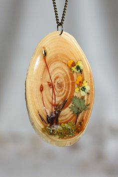 Thin slice of wood pendant. Pansies Pendant. pendant от Dingaya