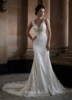 Love the dress, right shape and material