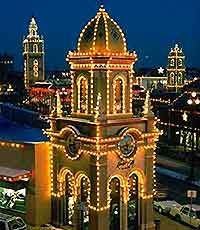 """Country Club Plaza, Kansas City, Mo. - miles of lights on the historic, first shopping """"center"""" in the US.  (Rather than one big mall, this """"shopping center"""" is made up of literal blocks of shops.)  A must to see. kw"""