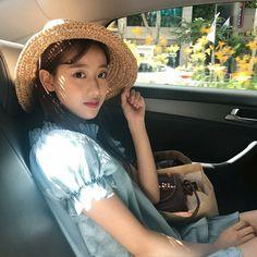Fresh Lip, Very Good Girls, Cool Face, Uzzlang Girl, Cosmic Girls, Celebs, Celebrities, Beautiful Actresses, Korean Girl Groups