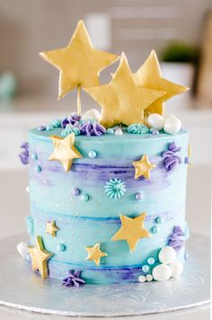 Star cake - motto-torten - You are in the right place about summer Cake Design Here we offer you the most beautiful pictures about the Cake Design debut you are looking for. Pretty Cakes, Beautiful Cakes, Amazing Cakes, Cupcake Cakes, Mini Cakes, Kolaci I Torte, Star Cakes, Just Cakes, Drip Cakes