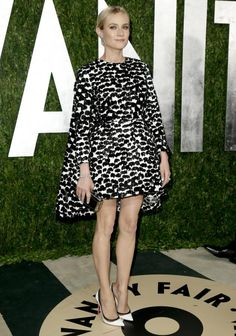 """Diane Kruger wearing Gambiattista Valli at the """"Vanity Fair"""" Oscars party 2013......."""