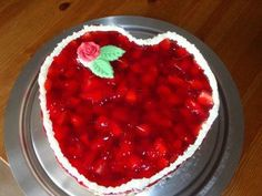 Raspberry-Mascarpone-Cake / Himbeer-Mascarpone-Torte (recipe in German)