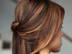 """You're Going To Lose It Over This """"Tiger Eye"""" Hair Color Trend"""