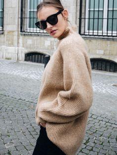 Cette saison, le pull parfait se trouve chez H&M ! (photo Polienne)