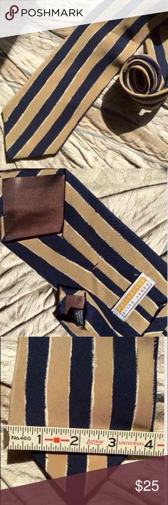 """Perry Ellis Vertical Clown Stripe Blue Beige Tie Vertical stripes! Probably vintage from the 1980's. 80's funky artistic print. Excellent condition. No stains rips tears snags or holes. Smoke free home. Tomgirl, boyfriend, dad, Father's Day gift, brother, men man. Classy. Prom. Hipster. Professional. Career. Business attire. Suit accessory. 4"""" width.  Beach vacation. Navy Nautical. Ties A. 56.5"""" long Perry Ellis Accessories Ties"""