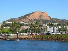 Castle Hill is the trademark feature of Townsville in North Queensland, Australia. Fraser Island, Queensland Australia, Cairns, Brisbane, Dolores Park, Castle, Mansions, House Styles, Travel