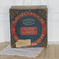 The earliest decorated biscuit tin was commissioned in 1868 by Huntley & Palmers.